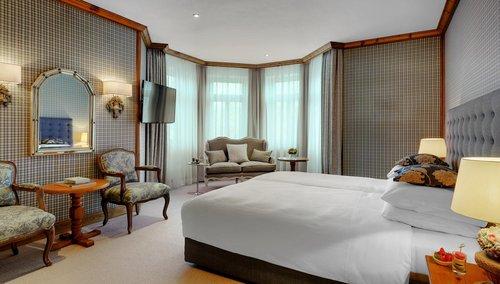 Grand Hotel Sonnenbichl Garmisch Partenkirchen Germany Flyin Com