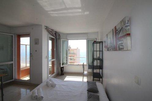 Nice Booking Le Kappas Balcon Vue mer Nice, France - Flyin.com - Cache Vue Balcon