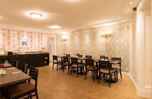 Rewari Hotel Berlin Berlin Germany Flyin Com