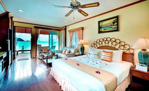 Sunset Village Beach Resort Pattaya Thailand Flyin Com