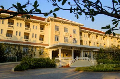 Raffles Grand Hotel D Angkor Siem Reap Cambodia Flyin Com