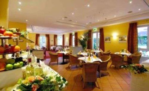 Best Western Grand City Parkhotel Potsdam Potsdam Germany Flyin Com