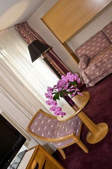 Best Western Le Patio Saint Antoine Paris France Flyin Com
