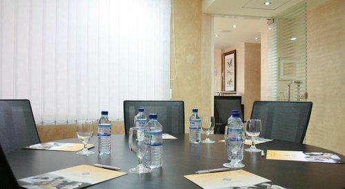 Al Diar Dana Hotel Abu Dhabi, United Arab Emirates - Flyin com