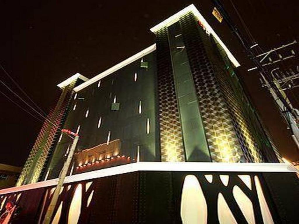 hotels in gangseo gu seoul book hotels now flyin com rh flyin com